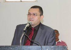 Picos: Prefeito é alvo de ação após demitir servidores da Educação em cidade do Piauí