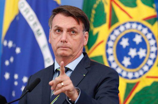 Bolsonaro sanciona lei que incentiva doação de alimentos e refeições