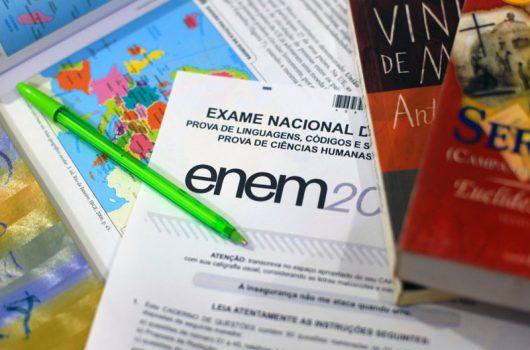 Ausência de ministro da Educação trava definição de data do Enem