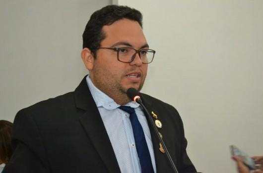 Prefeito exonera indicados pelo vereador Afonsinho