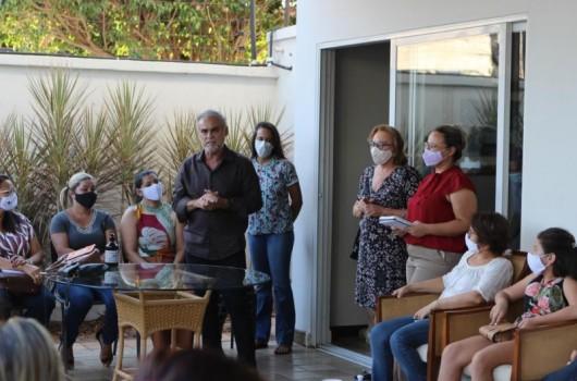 Em reunião com mulheres, Araujinho debate empoderamento feminino