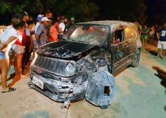 Dois homens são executados a tiros dentro de carro em Campo Grande-PI