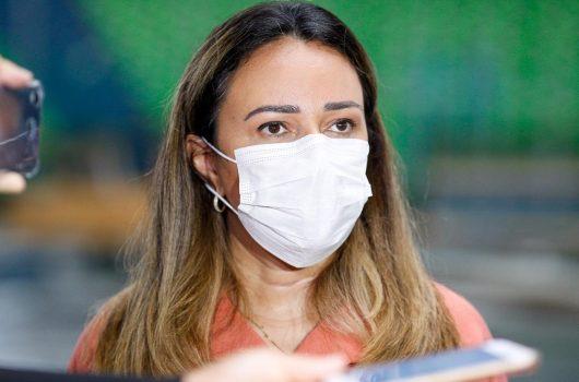 Rejane Dias quer dedução de imposto para portadores de doenças crônicas