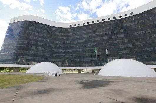 PF e polícia portuguesa prendem hacker suspeito de invadir sistemas do TSE