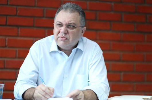 Criminosos usam nome de Florentino Neto para aplicar golpe sobre vacinação da Covid-19
