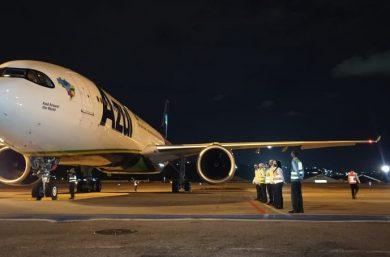 Avião que buscaria vacina contra a Covid-19 chega a Campinas para levar oxigênio a Manaus