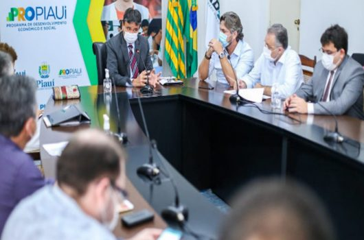 Governo instala observatório para monitorar vacinados contra Covid-19