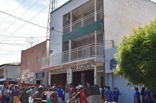 Jovem sofre choque elétrico e cai de prédio em Picos