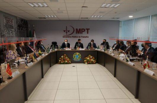 Em Brasília, Wellington Dias destaca necessidade de alternativas para aquisição de vacinas