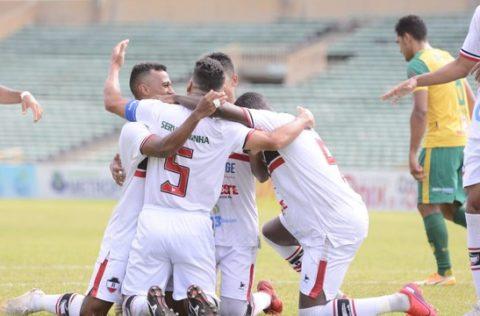 River-PI vence a SEP e pula para a liderança do Campeonato Piauiense