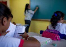Governo Federal elabora portaria para abertura de todas as escolas em agosto