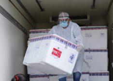 Piauí vai receber 135 mil doses de vacinas contra a covid, maior remessa, nesta semana