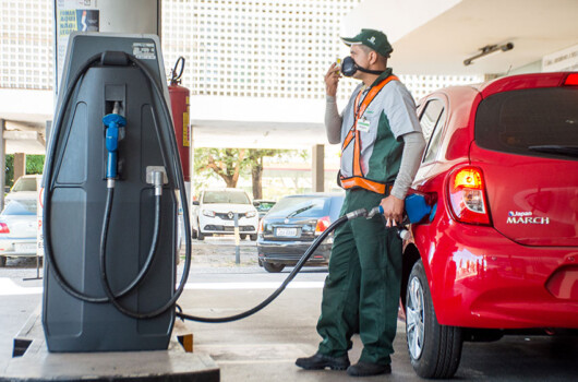 Donos de postos apontam queda de até 35% na venda de gasolina no Piauí