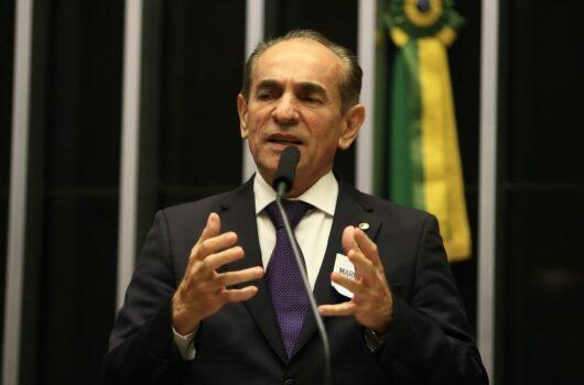 """Precisamos de Wellington como candidato a senador"", diz Marcelo Castro"