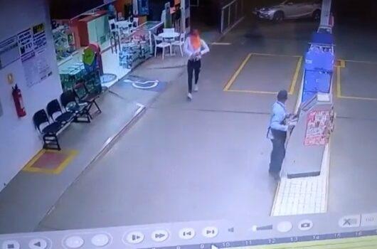 Picos: Câmera de segurança flagra assalto a posto de combustíveis na Avenida Severo Eulálio