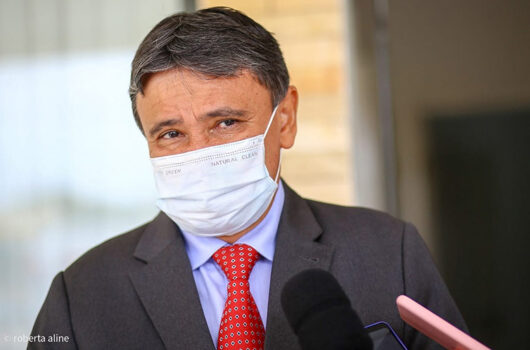 Governador sanciona projeto que institui auxílio de R$ 500 para órfãos da covid no Piauí
